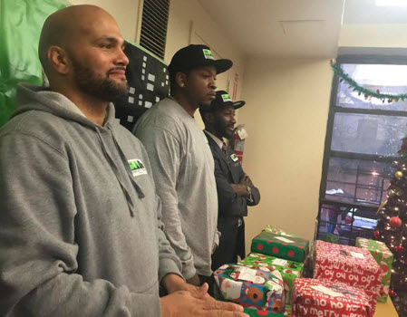 """""""Stand Up to Violence"""" Gives Back To At-Risk Youth"""